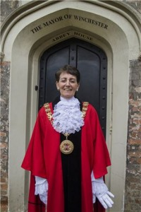 Cllr-Angela-Clear-Mayor-of-Winchester