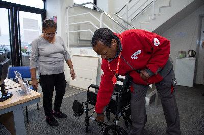 Wheelchair Volunteer: Customer Service